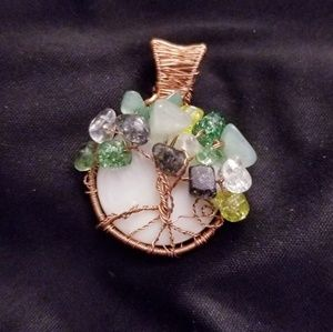 Jewelry - Tree of life pendent